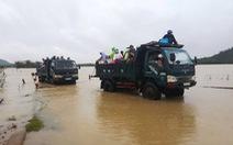 Lũ Bình Định tiếp tục lớn, nhiều khu dân cư bị cô lập