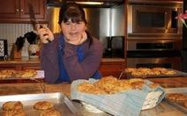 Cô gái bệnh Down khởi nghiệp thành công với công ty bánh