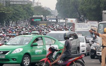 Thu phí cao ôtô mới mong giảm kẹt xe?