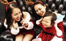 Bạn trẻ Sài Gòn thích thú với quà Noel làm bằng tay