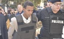 Không tặcLibya hầutòa, không nhận tội