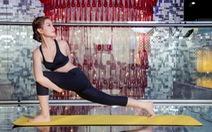 Mua TV - tập yoga tại nhà