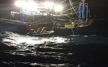 Cứu 6 ngư dân Quảng Nam gặp nạn trên biển Hoàng Sa