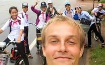 Chàng trai đi bộ vòng quanh thế giới: 'Việt Nam rất đẹp'