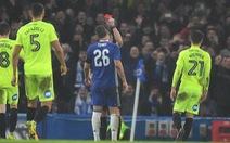 Terry nhận thẻ đỏ, Chelsea vẫn thắng đậm Peterborough