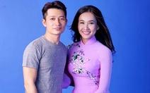 12 mùa hoa Hà Nội lên áo dài Thuận Việt