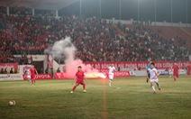 Sân Lạch Tray bị phạt đầu tiên trong mùa 2017