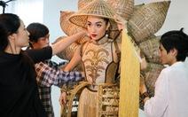 Ngắm mẫu trang phục truyền thống của Lệ Hằng tại Miss Universe