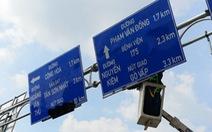 Biển báo giao thông to hơn, nút giao thay cho vòng xuyến