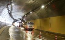 Tai nạn chết người trong hầm đường bộ Phước Tượng
