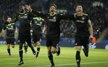 Alonso tỏa sáng, Chelsea nhấn chìm Leicester tại King Power