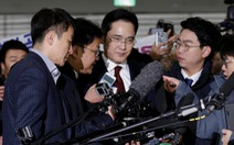 Công tố Hàn Quốc yêu cầu bắt lãnh đạo tập đoàn Samsung
