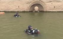 Tìm thấy tượng Phật 600 năm tuổi dưới nước ở Trung Quốc