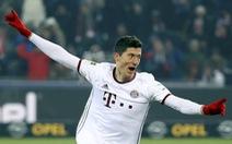 Lewandowski tỏa sáng, Bayern thắng nghẹt thở Freiburg