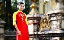 Ngắm hoa hậu Dương Mỹ Linh trong áo dài Sắc Xuân