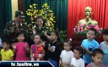 Xem clip trẻ em hát mừng tết ở Trường Sa Lớn