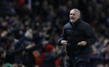 Mourinho chưa chữa được bệnh của M.U