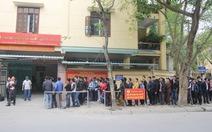 Nghệ An: chen chúc làm thủ tục xuất khẩu lao động