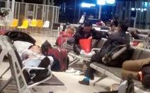 Hàng trăm khách Jetstar Pacific bức xúc vì chậm chuyến hơn 14 tiếng