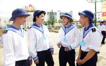3.900 bạn trẻ TP.HCM hăng hái lên đường nhập ngũ
