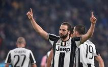 Điểm tin sáng 18-2: Đá bại Palermo, Juventus bỏ xa Roma 10 điểm
