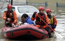Người Việt ở Cali mệt mỏi vì lụt