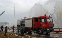 300 người tham gia chữa cháy giả định tại Dung Quất