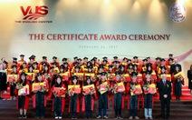 1.322 học viên VUS nhận chứng chỉ quốc tế