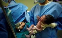 Trung Quốc muốn thưởng cho gia đình sinh con thứ hai