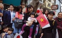 Nhà vua Nhật Bản gặp gỡ cựu du học sinhtại Văn Miếu