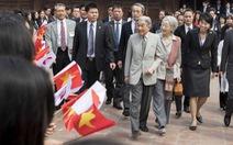 Cuộc gặp xúc động của Nhật hoàng với gia đình cựu binh