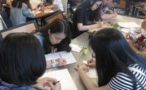 Bạn trẻ viết thư tay vượt qua nỗi cô đơn