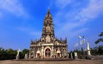 Xây mới nhà thờ Trà Cổ