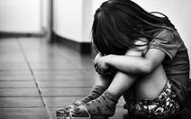 Bảo vệ trẻ khỏi bị lạm dụng bằng lời thủ thỉ của mẹ