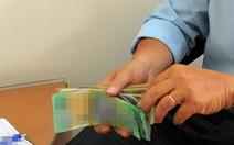 Chuyển công tác 5 cán bộ hải quan nghi nhận tiền 'bôi trơn'