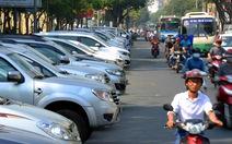 TP.HCM khát bãi đậu, tài xế mang xe ra đường