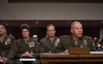 Tướng Mỹ cứng họng vì bê bối ảnh khỏa thân