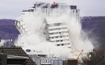 Clip tòa nhà 18 tầng ở Đức bị san phẳng trong vài giây
