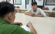 Triệu tập thanh niên cầm dao hăm dọa trên vỉa hè