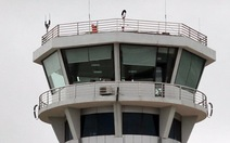 Mất liên lạc với kiểm soát viên không lưu: vẫn bay an toàn