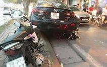 Ôtô va chạm xe máy rồi tông xe đạp điện