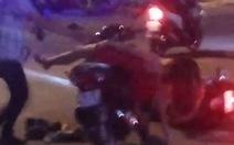 Điều tra vụ cô gái bị bạn trai đánh dã man giữa đường