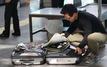 Các hãng máy bay Vùng Vịnh cho khách mượn thiết bị điện tử lớn