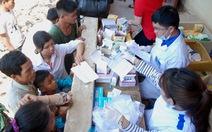 Hơn 1.000 đồng bào Bru Vân Kiều được khám bệnh miễn phí