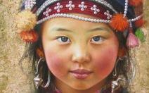 Lạ lẫm mắt trẻ vùng cao trong tranh Lê Thế Anh