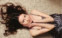 Người mẫu Nga chết đói vì chán ăn, mẹ vất xác ra biển