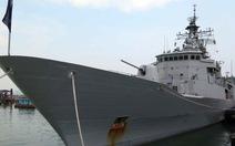 Tàu hải quân Hoàng gia New Zealand thăm Đà Nẵng