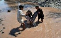 2 tỉ người trên thế giới đang dùng nước nhiễm bẩn