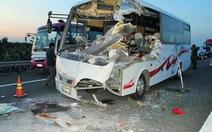 Đụng xe trên cao tốc TP.HCM - Trung Lương, 2 người chết
