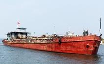 Di lý tàu sắt tông chìm tàu cá về Đà Nẵng